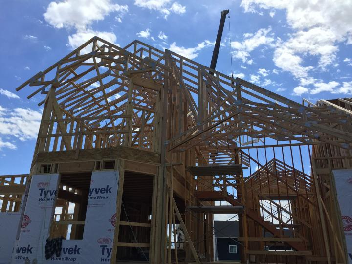 roof trusses before sheathing